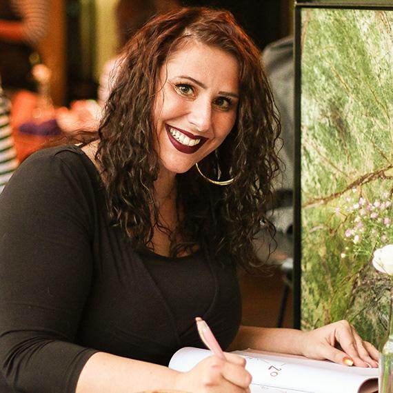 Mona Briese, Online Marketing, Translations, Social Media Management