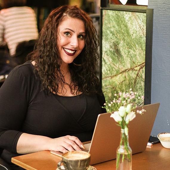 Mona Briese, SEO-Texte, Artikel, Online Marketing, Übersetzungen